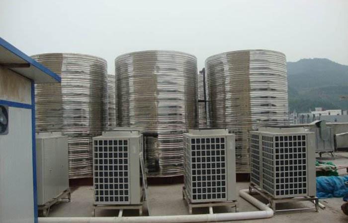美的空气源热泵热水系统安装
