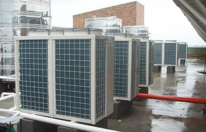 芬尼克兹空气源热泵维修