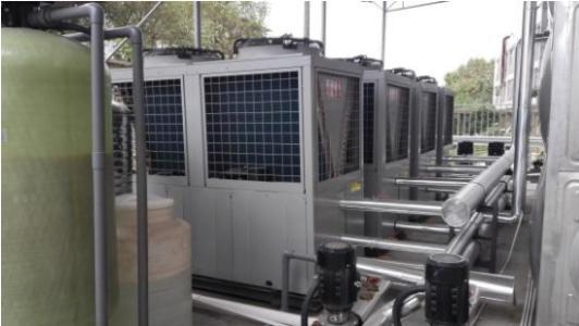 格力家用空气源热泵安装