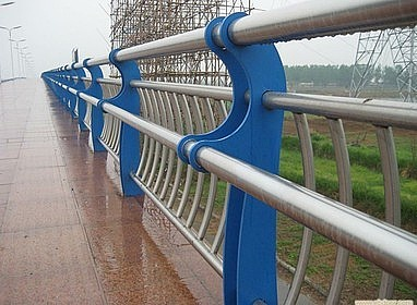 河道锌钢防护栏