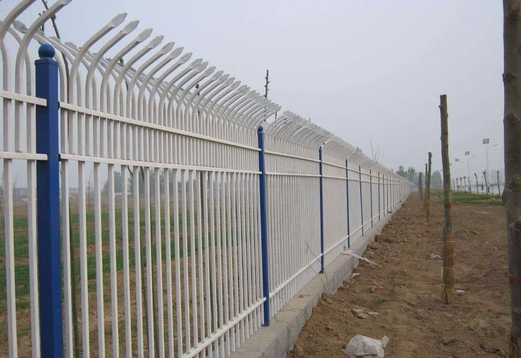 兰州C型锌钢护栏