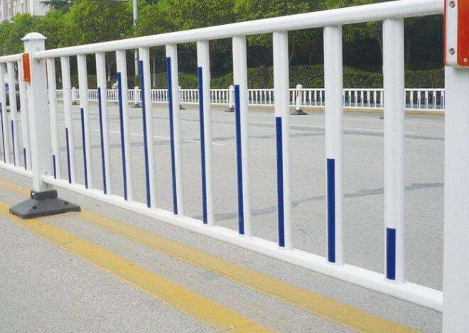 市政护栏的优点