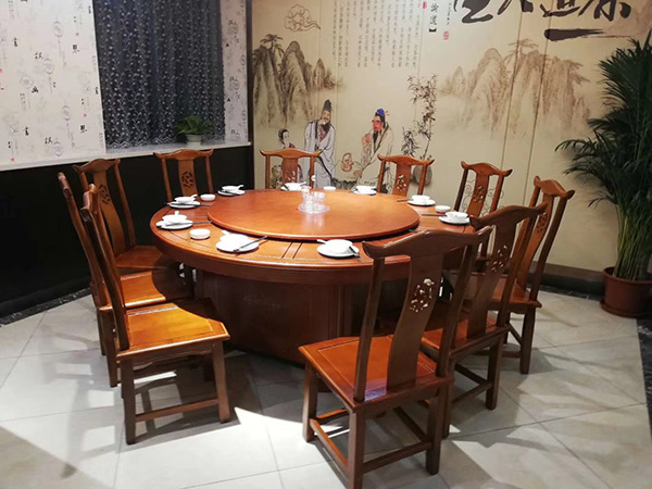 餐厅中式餐桌椅