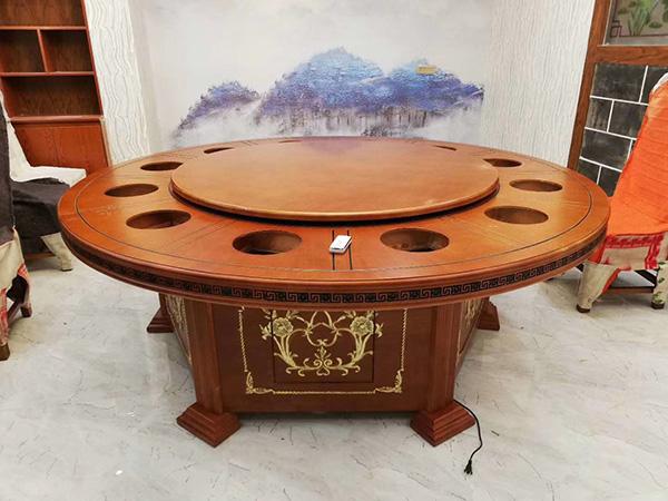 一般的火锅店如何选择火锅桌椅呢?