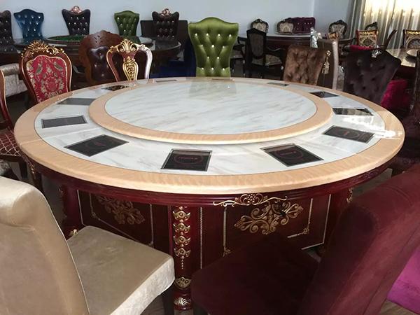 浅谈加盟火锅店如何选择确定火锅桌椅的方法