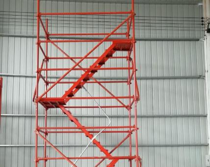 安全梯笼厂家简述放置安全爬梯需遵循的原则