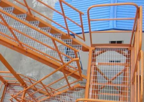 安全梯笼租赁简述安全梯笼的结构组成