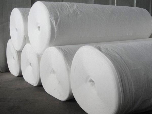 兰州市北绕城高速付清段土工布由白银土工膜厂家全布供给