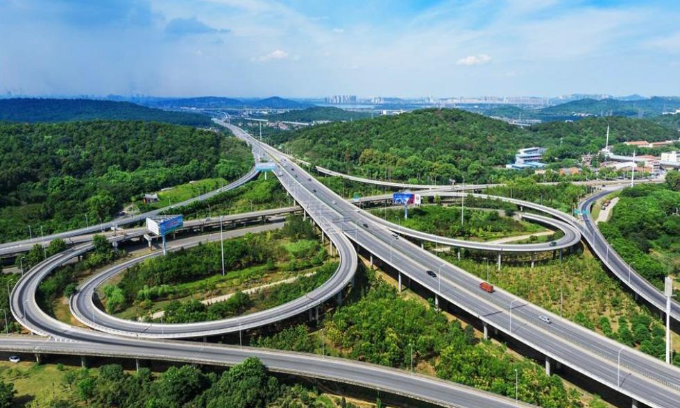 高速立交桥工程防水材料案例分析