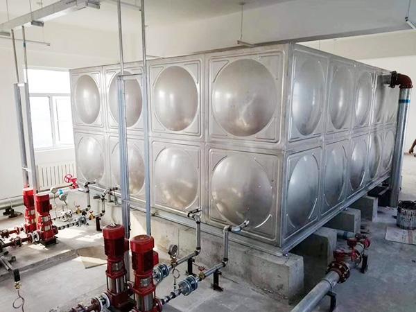 定做方形不锈钢水箱