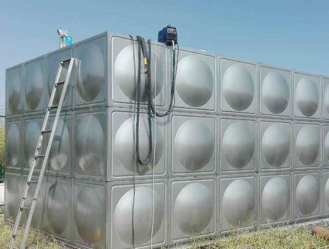 地埋式不锈钢水箱厂家