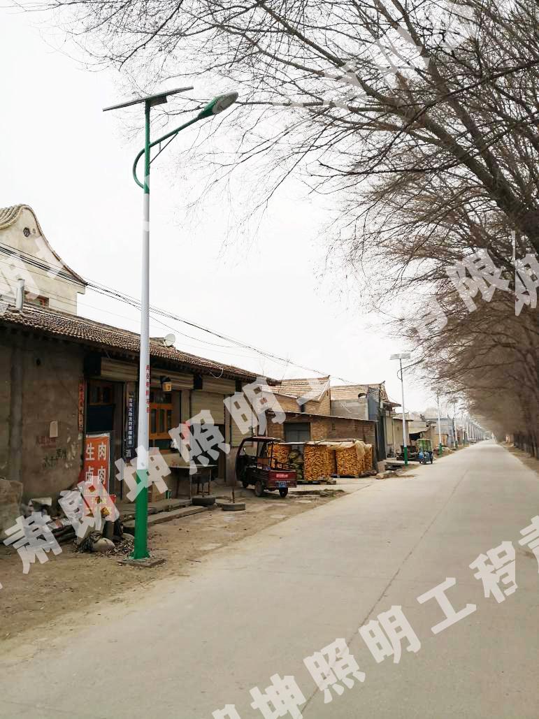 寧夏吳中農村太陽能路燈安裝工程
