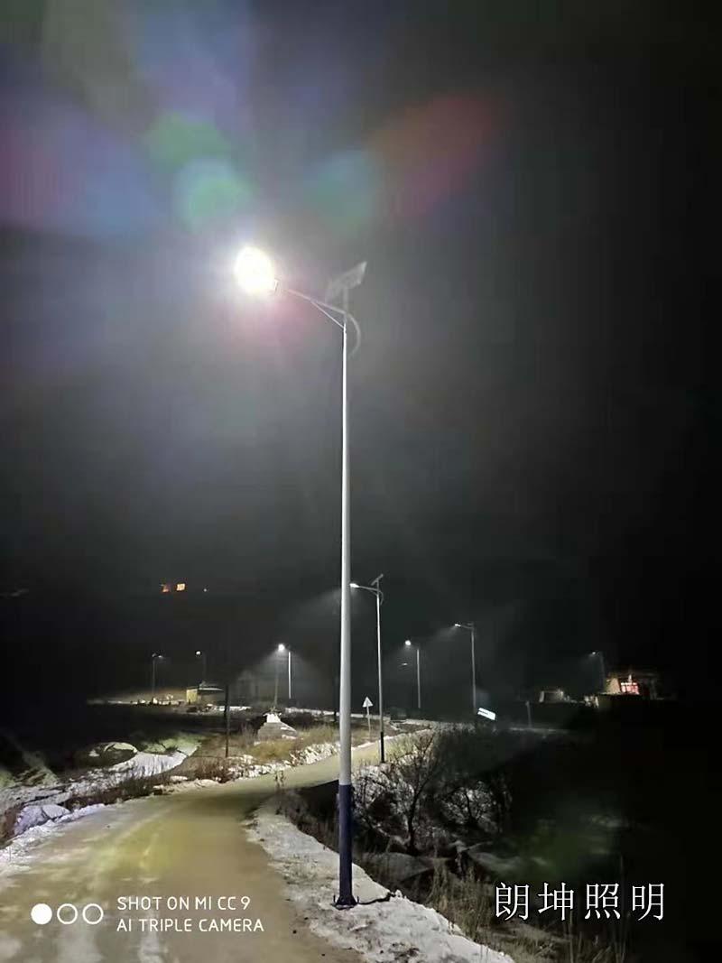 甘南led太陽能路燈安裝工程