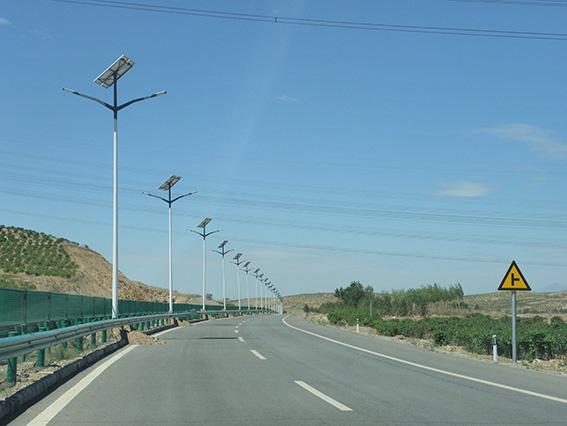 蘭州太陽能路燈廠家-甘肅led路燈價格