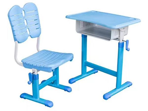 学校课桌椅怎样设计