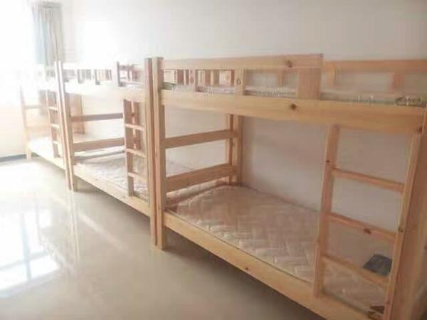 学生公寓高低床08