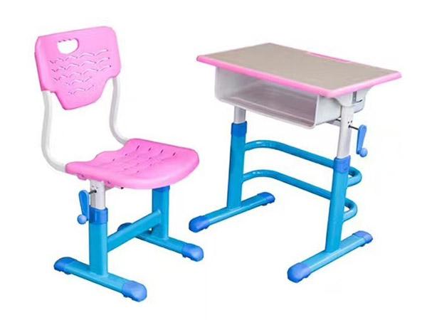 手摇升降课桌椅