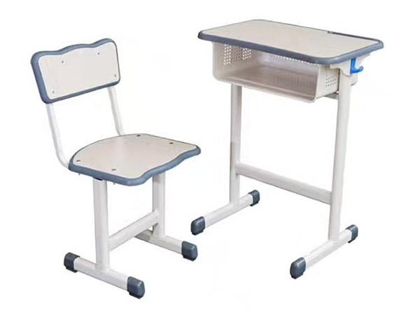 学生升降桌椅