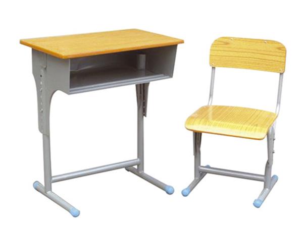 学生课桌椅厂家哪里有