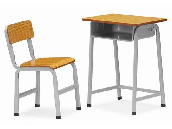 批发学生课桌椅