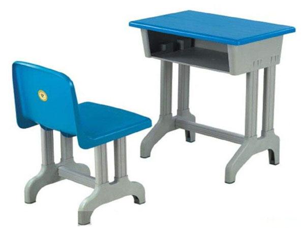 学生课桌椅环保标准