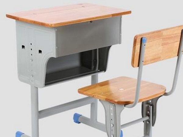 大型课桌椅厂家告诉您适合孩子的课桌椅怎么挑