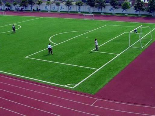 敦煌足球场人造草坪施工案例