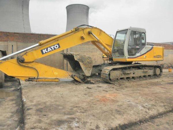 加藤挖掘機油門維修