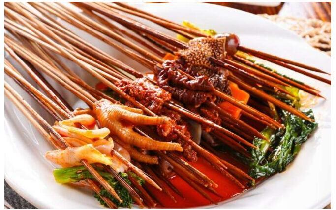 兰州串串香加盟邀您关注:网红大型餐饮纷纷倒下,小型餐饮成为主流!
