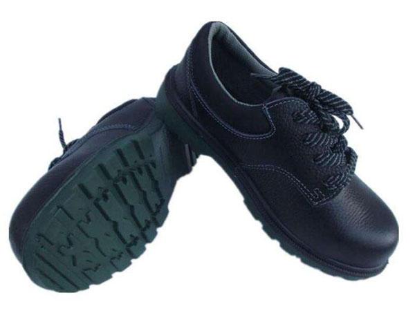 安全劳保鞋使用期限