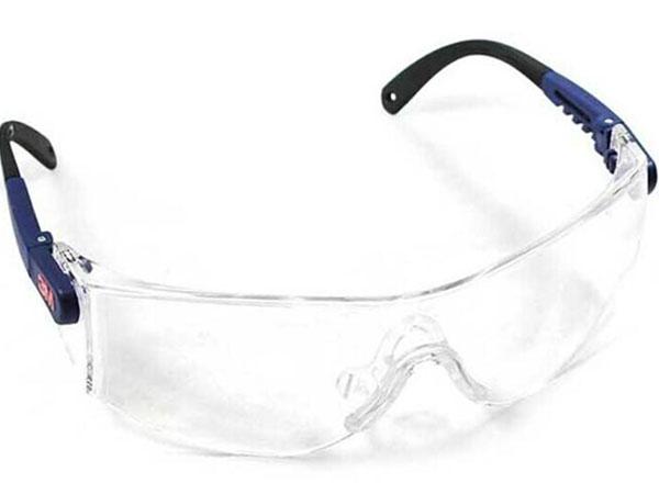 眼脸部防护用品作用