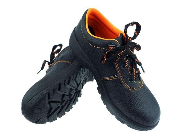 谈一谈防砸安全鞋国内标准要求有哪些