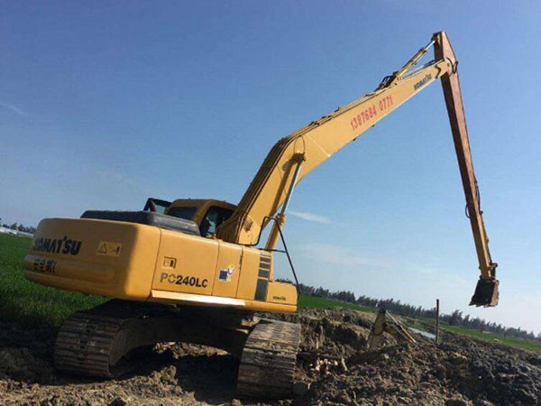 长臂挖掘机租赁