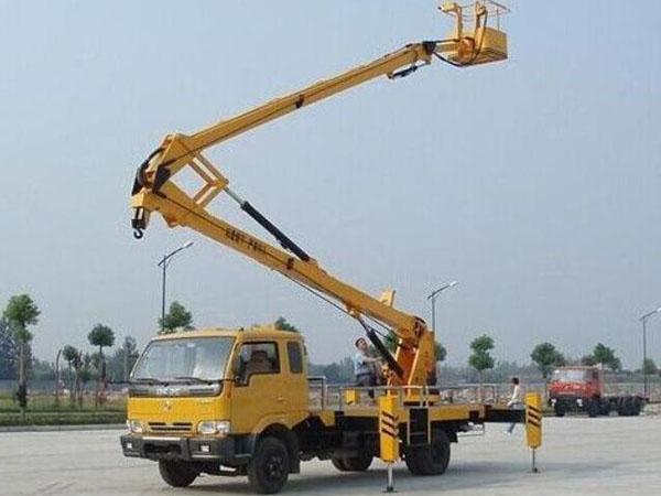 高空作业车液压系统常见故障及防护措施