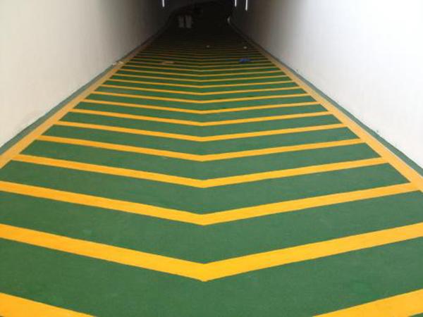 环氧防滑坡道地坪