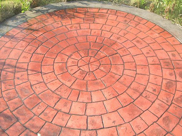 压花地坪对基层混凝土施工要求有哪些?