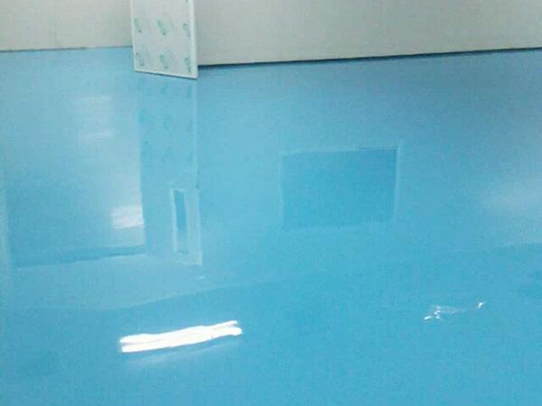 环氧地坪施工工艺流程:中涂层