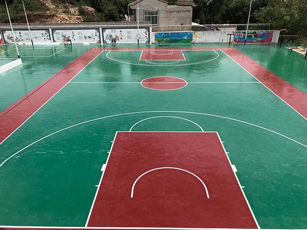 积石山红崖村活动广场篮球场