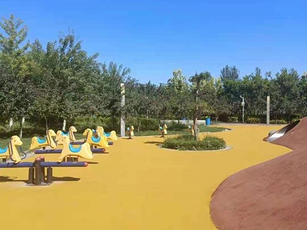 酒泉市儿童公园EPDM橡胶颗粒地面