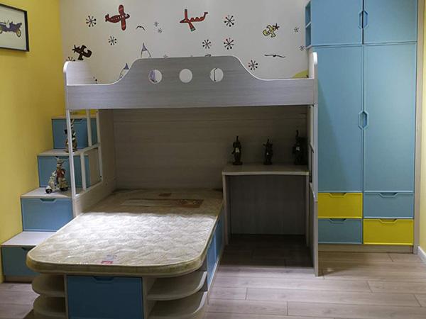 儿童衣柜床