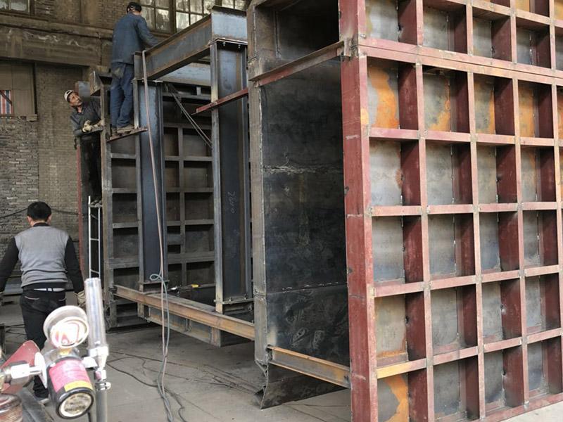 鋼模臺車襯砌的安裝維護