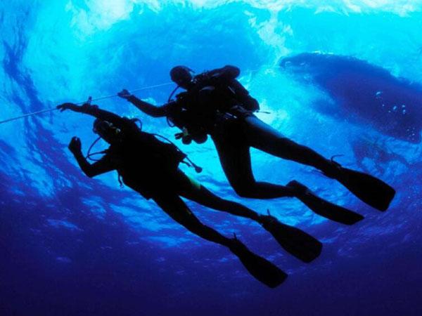秋季水下打捞潜水员注意事项
