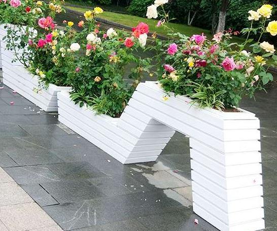 户外PVC花箱批发厂家分享武威PVC花箱的特点