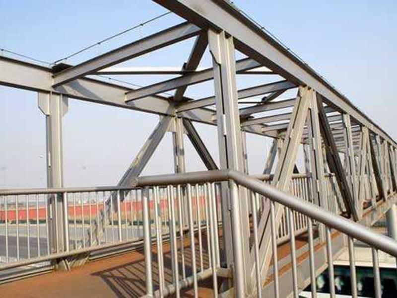 钢结构桥梁安装