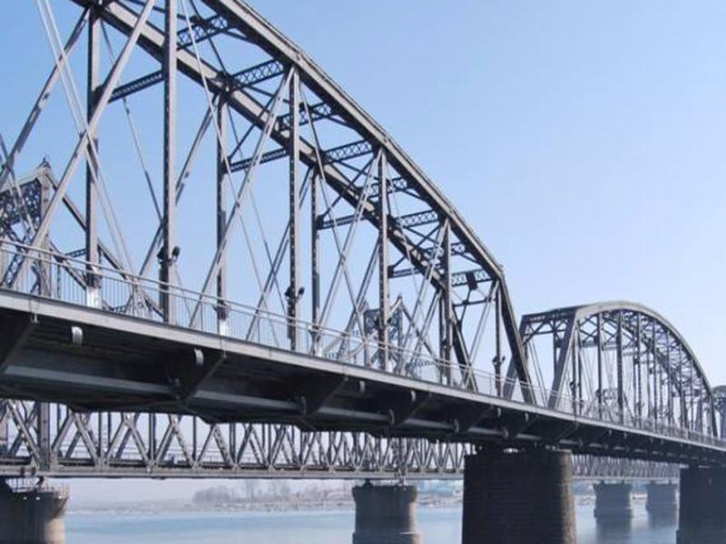 小型钢结构桥梁