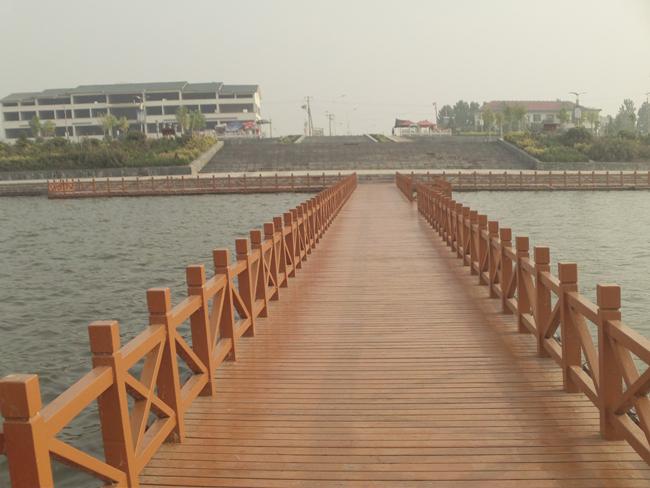 嘉義防腐木木棧道裝置