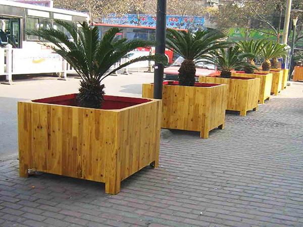 防腐木花箱了解下!让花开遍你的城市!