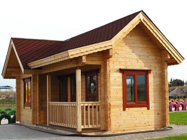 防腐木厂家与您谈一谈防腐木木屋适合建在哪?