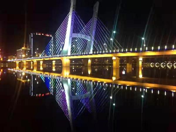 桥梁led亮化