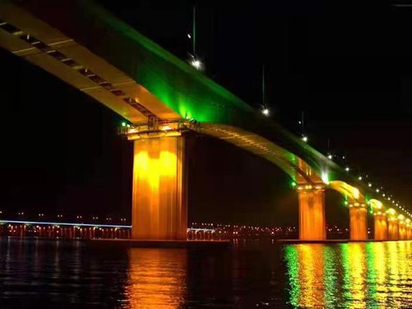 桥梁亮化照明设计
